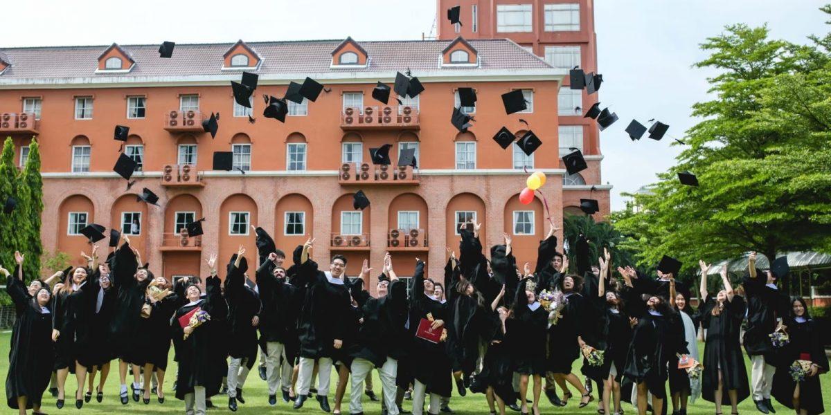 university destination image